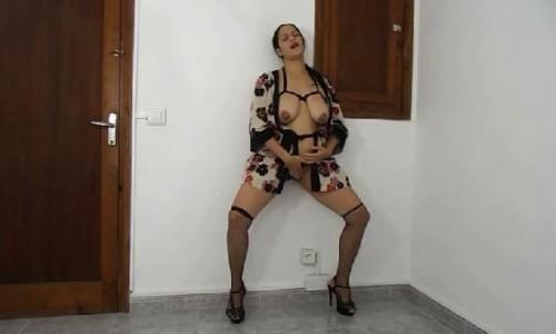 First Pee Vid With An Orgasm Big Boobs Deria
