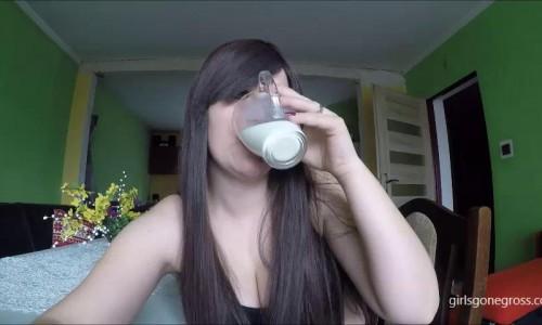 10 second monsters spoiled milk monsters girlsgonegross