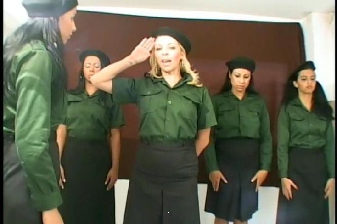 Mfx Lesbian - Fart Militar