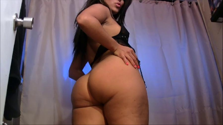 best latin ass on the web!  toilet paper replacement needed